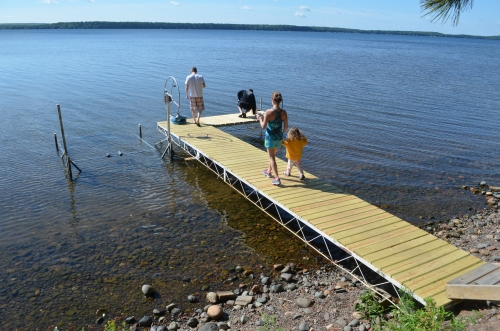 This dock was broken when we arrived. Chris bit it big time before it was fixed. Poor Daddio!